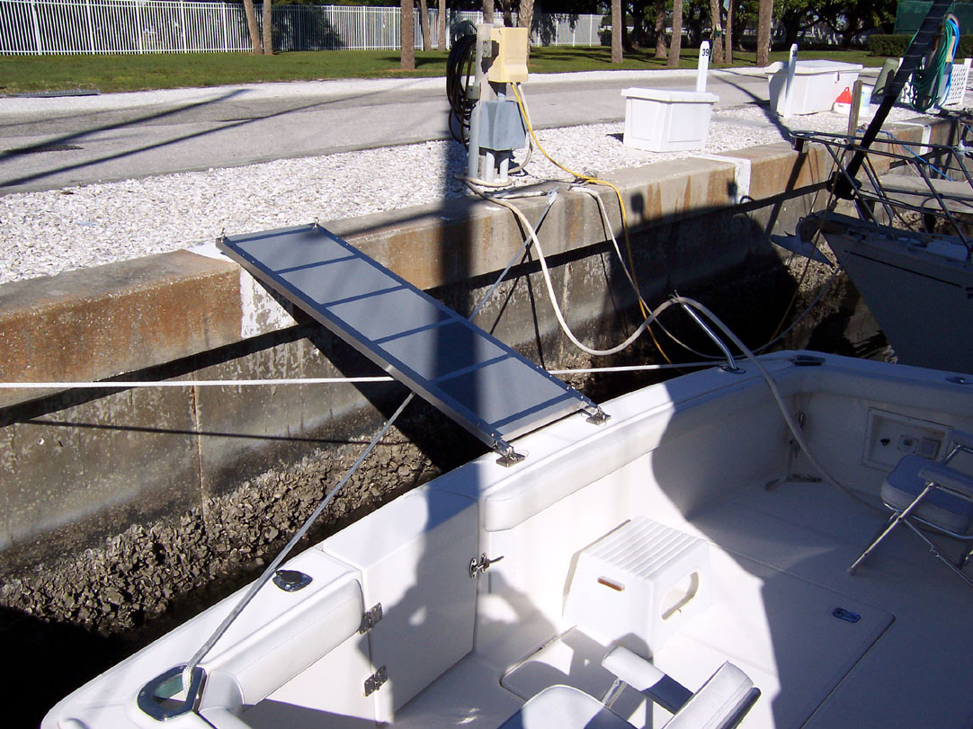 Sea Ray Boat >> boat boarding ramps,Passerelle,solution,STEADI-PLANK,affordable,effective,yacht boarding ramps ...